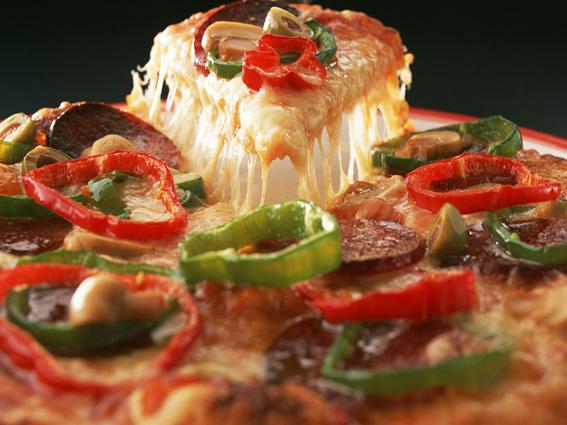 پیتزا توتک