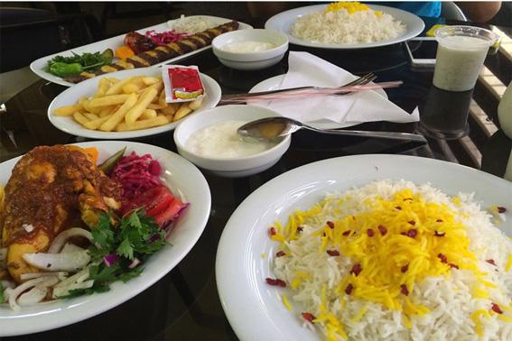 رستوران کاخ اشراف
